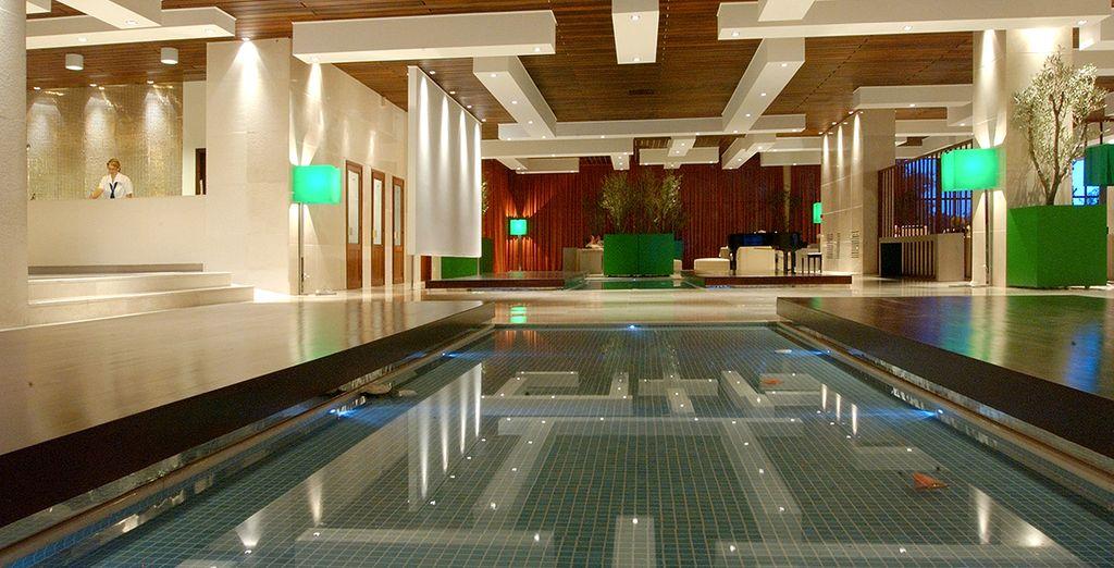 Le Club Héliades Nissaki Beach, un hôtel design les pieds dans l'eau