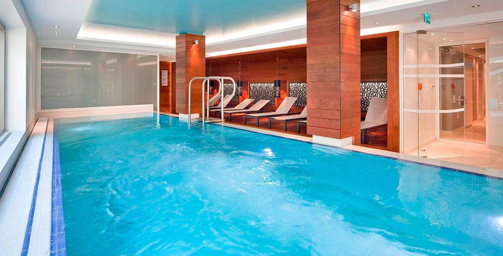 Rilassatevi nella spa o nella piscina coperta dopo una giornata trascorsa a visitare la città