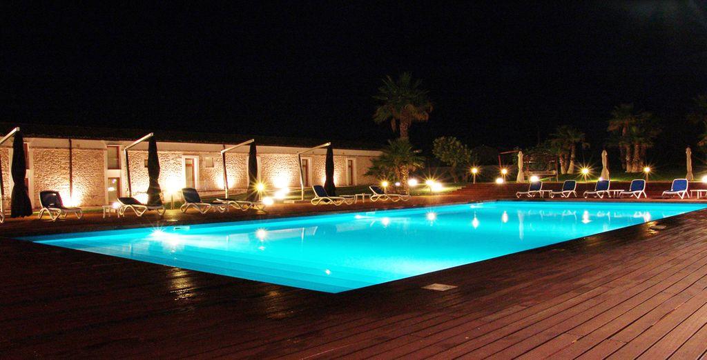 O rilassatevi a bordo piscina