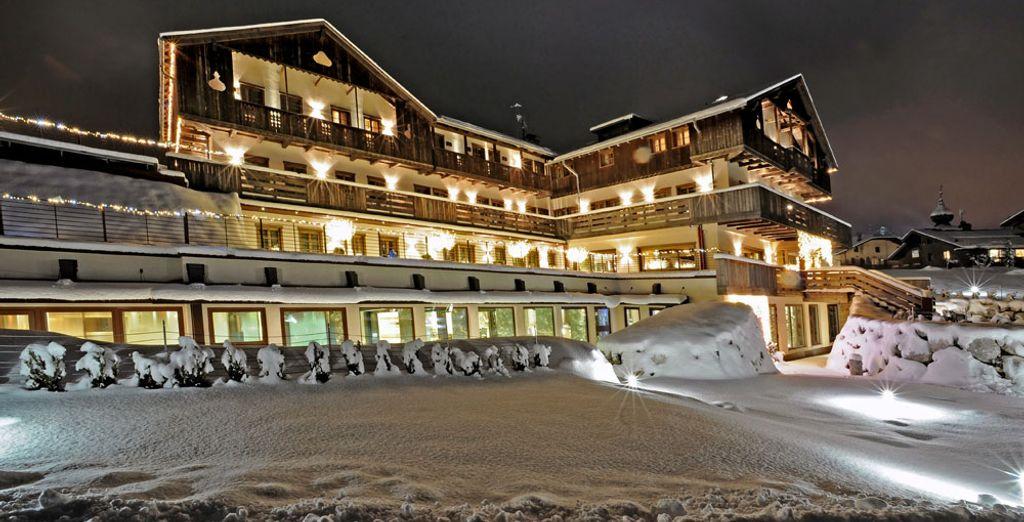 e fermatevi al Rosapetra Spa Resort,