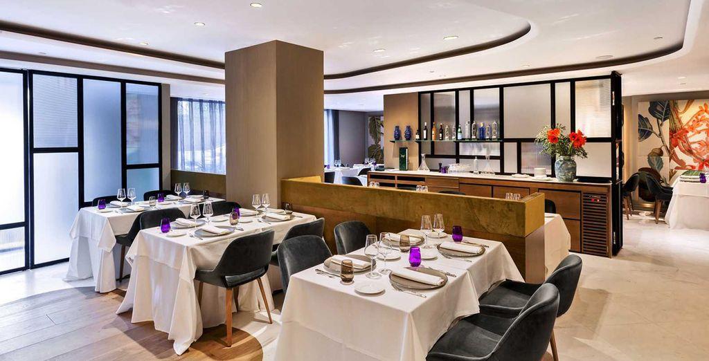 Mette a vostra disposizione un elegante ristorante