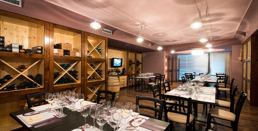 Per le offerte in Suite potrete assaporare vini locali per sentire la vera tradizione del luogo