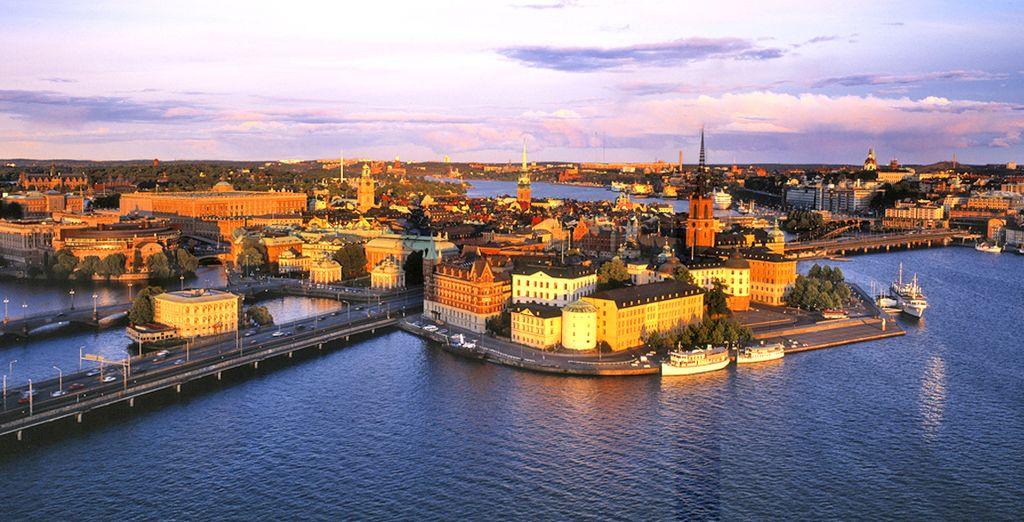 La città è ricca di quartieri di design e monumenti gotici