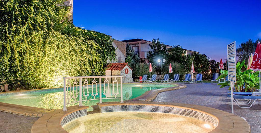 Volo residence voyage priv fino a 70 for Piscine esterne offerte