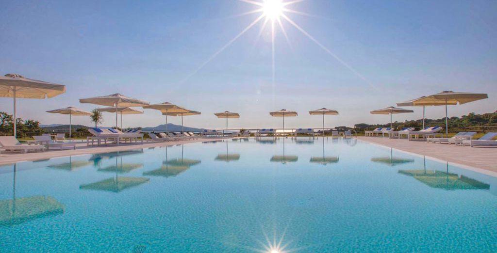 Paradise Resort 4*S vi accoglie