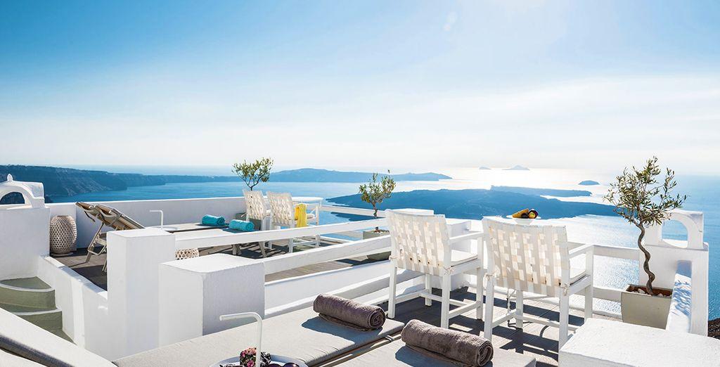 Santorini, un'isola incantevole vi attende