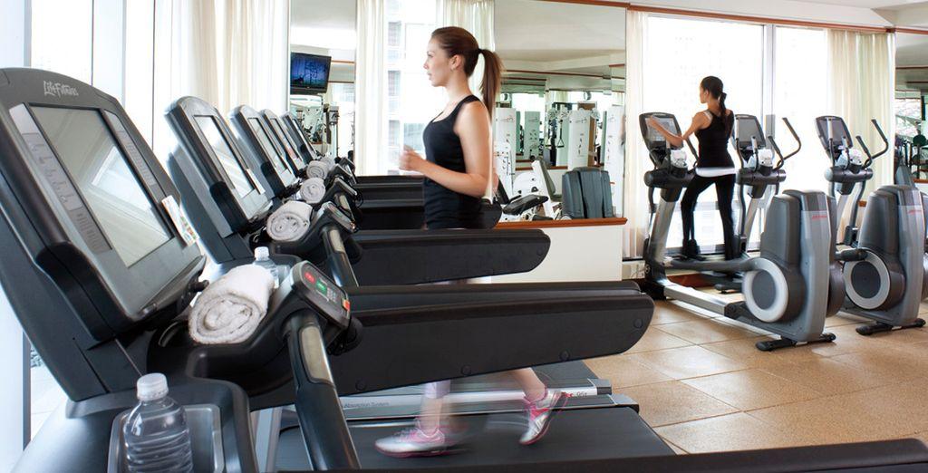 Mantenetevi allenati nel centro fitness - 24 ore