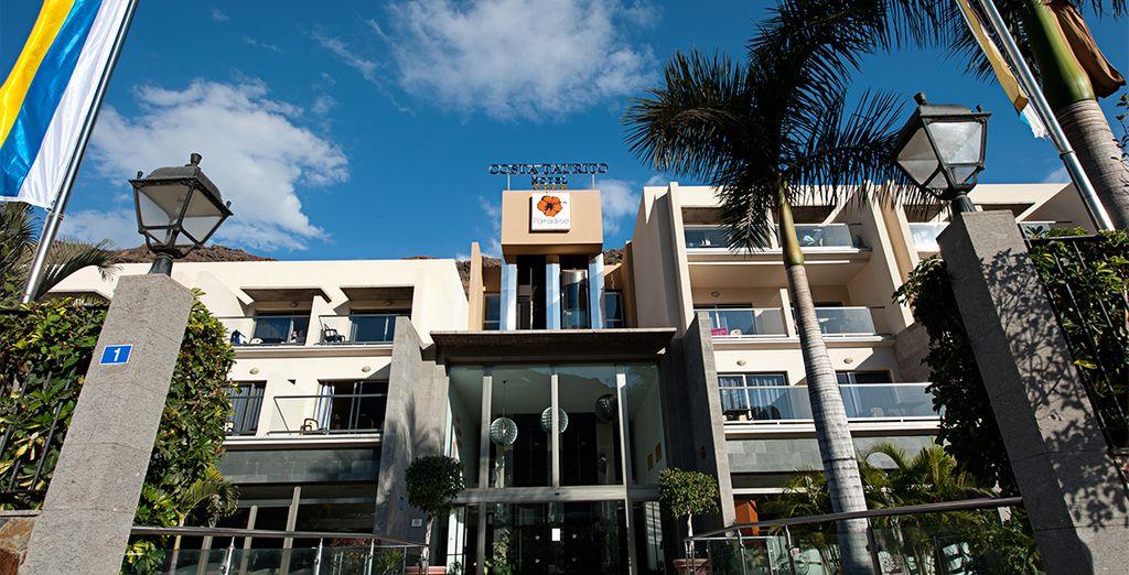 vi accoglie l'Hotel Paradise Costa Taurito 4*