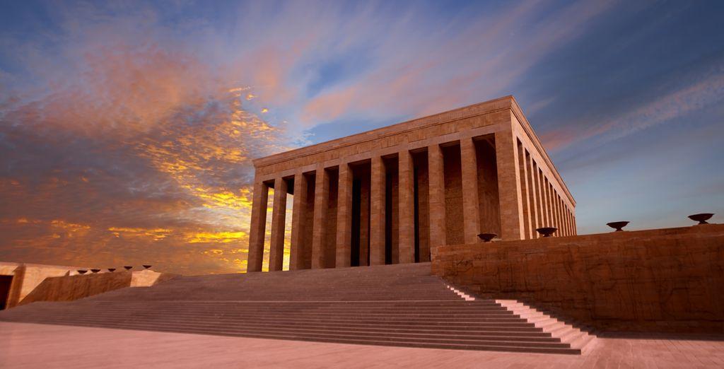Il mausoleo di Atatürk ad Ankara