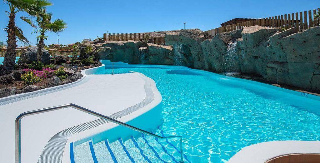 Rilassatevi in piscina