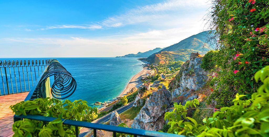 Il paesaggio catanese osservabile da uno degli hotel selezionati da Voyage Privè