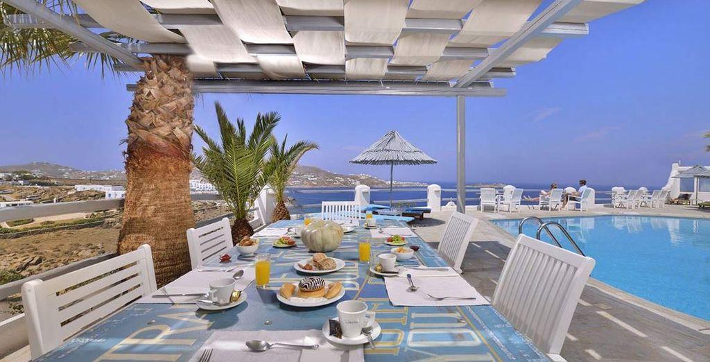 Potrete gustare una ricca colazione a buffet per iniziare al meglio la giornata