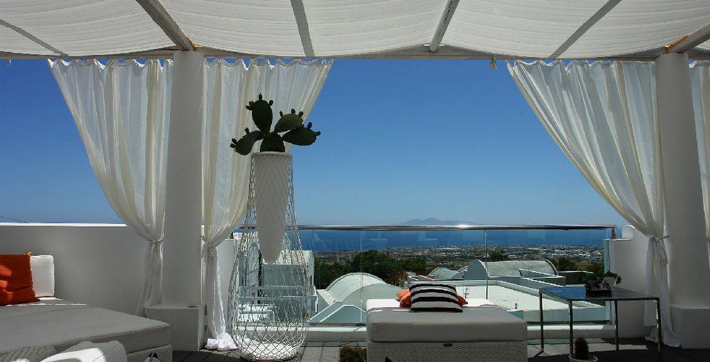 la terrazza solarium è perfetta per rilassarvi al sole