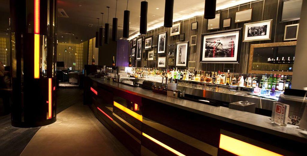 Chiedete al barman uno dei suoi ottimi cocktail