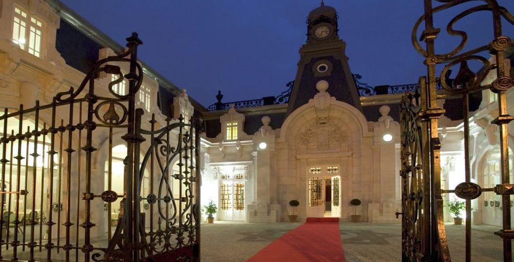 Il Pestana Palace spalanca le sue porte