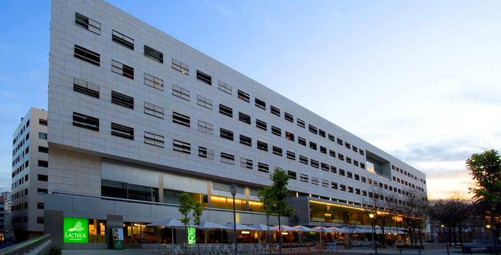 L'Hotel NH Constanza vi attende