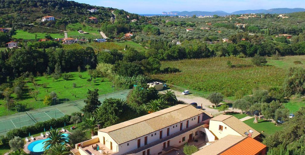 Qui vi accoglie Alghero Resort & Spa, un luogo di relax e benessere