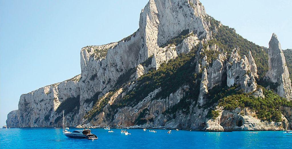 Spiagge e grotte dalla bellezza selvaggia
