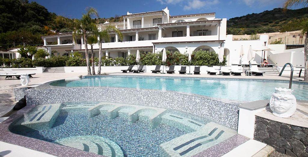 Mea Hotel 4*