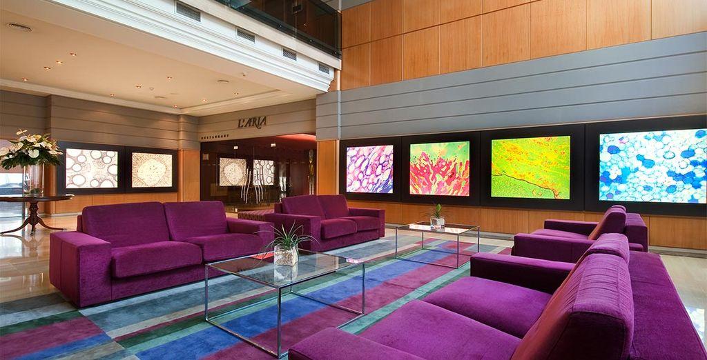 Benvenuti al Crowne Plaza Barcelona - Fira Center 4*S, situato nel cuore di Montjuïc nella splendida città di Barcellona