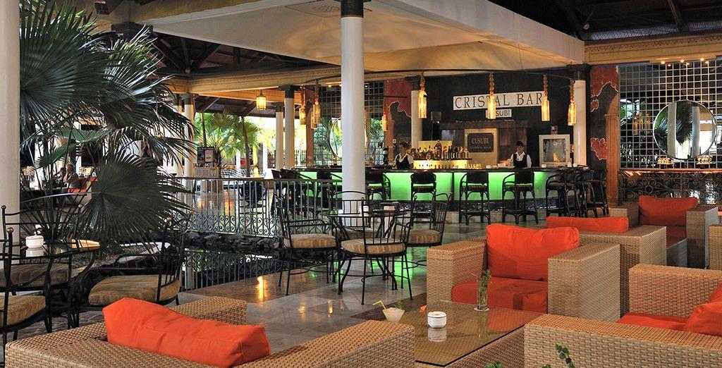 Rilassatevi con un drink nei numerosi bar a vostra disposizione