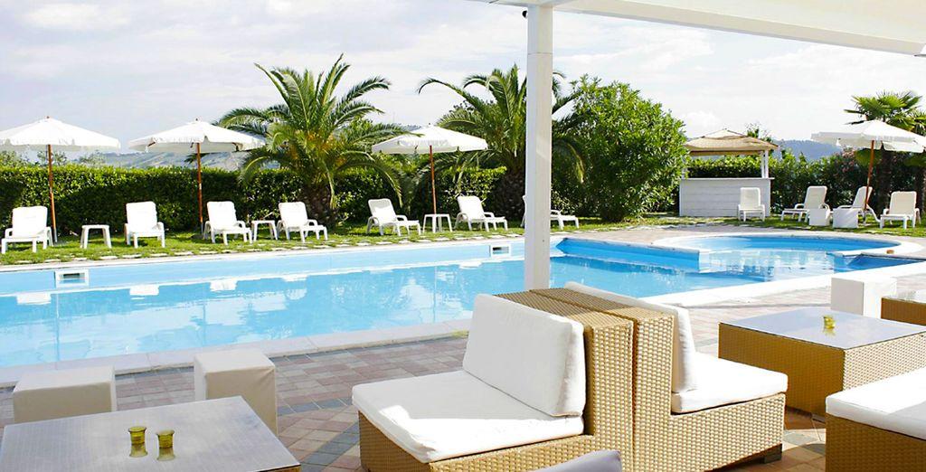 Benvenuti al Country Hotel & Resort I Calanchi 4*