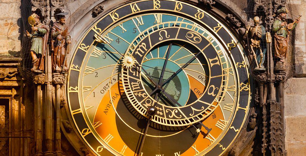 dovre ammirerete il famoso Orologio Astronomico