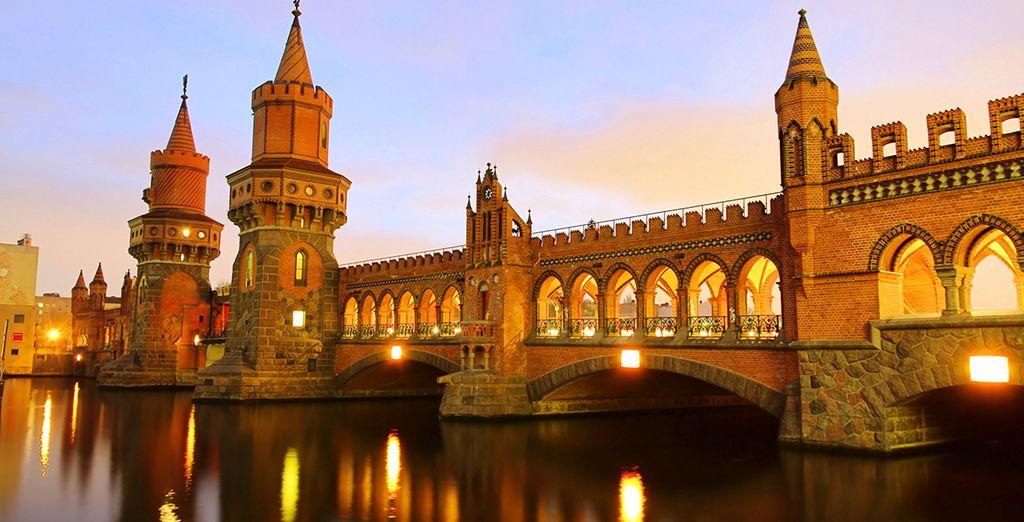 l'architettura classica dell'Oberbaumbrück...