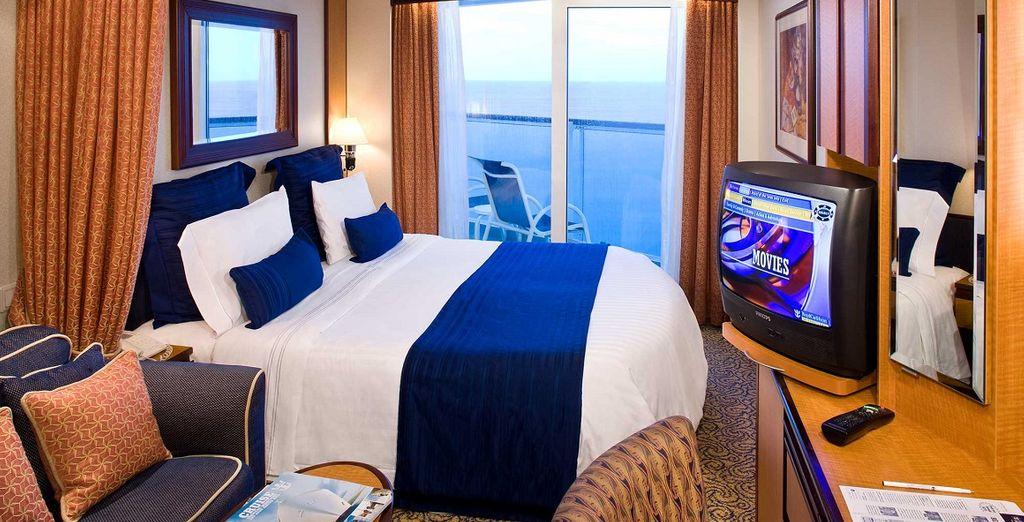 Dove vi rilasserete in accoglienti Camere Esterne con balcone con vista spettacolare sul mare