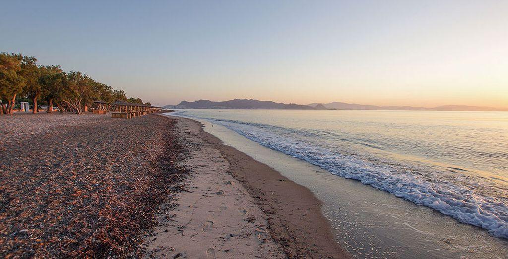Altrimenti trascorrete le vostre giornate in spiaggia che regala magici momenti anche di sera