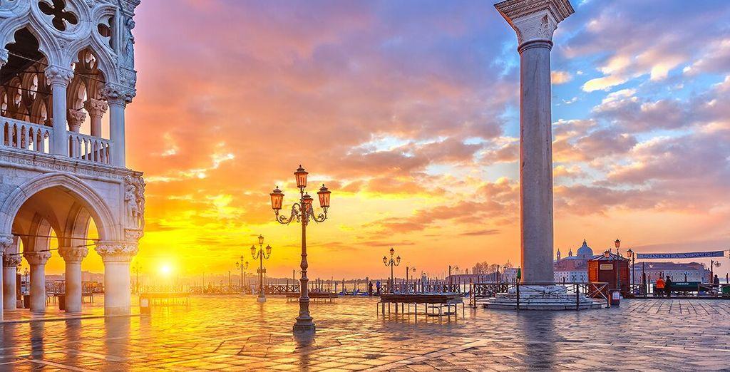 L'hotel si trova a pochi passi da Piazza San Marco