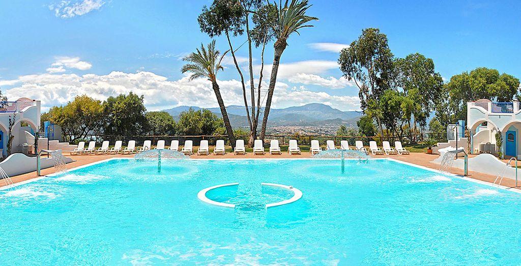 Fate un tuffo nella bella piscina della SPA