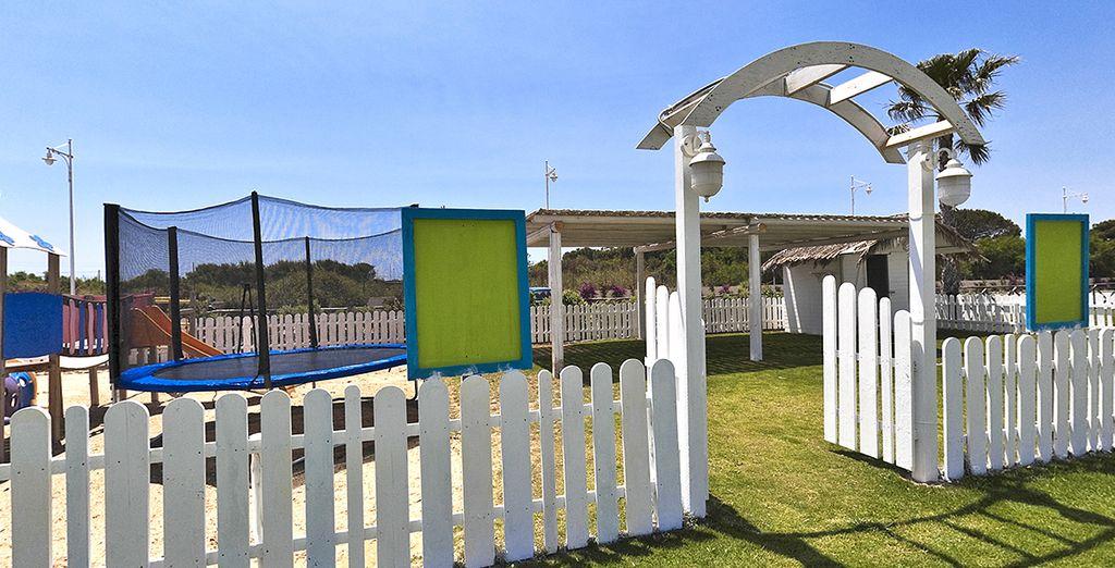 I bambini avranno occasione di divertirsi grazie alle strutture e alle attività a loro dedicate