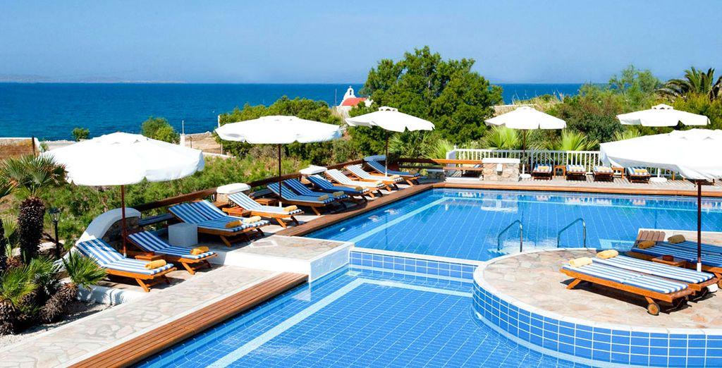 Rilassatevi nella piscina del lussuoso San Marco Hotel & Villas 5*