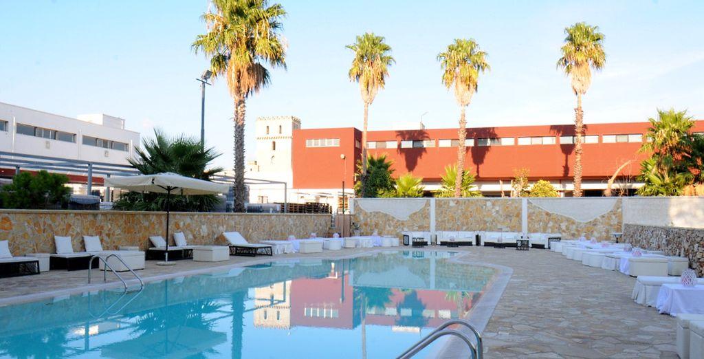Durante le giornate più calde potrete rinfrescarvi in piscina