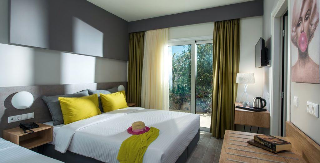 Tutte le camere sono elegantemente arredate rispettando lo stile tradizionale locale