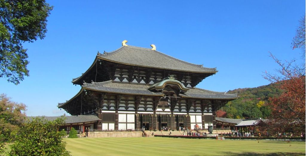 e con la visita al Tempio Todaiji