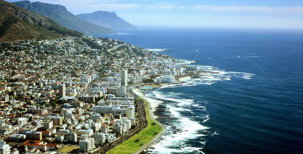 Visitate moderne città come Cape Town