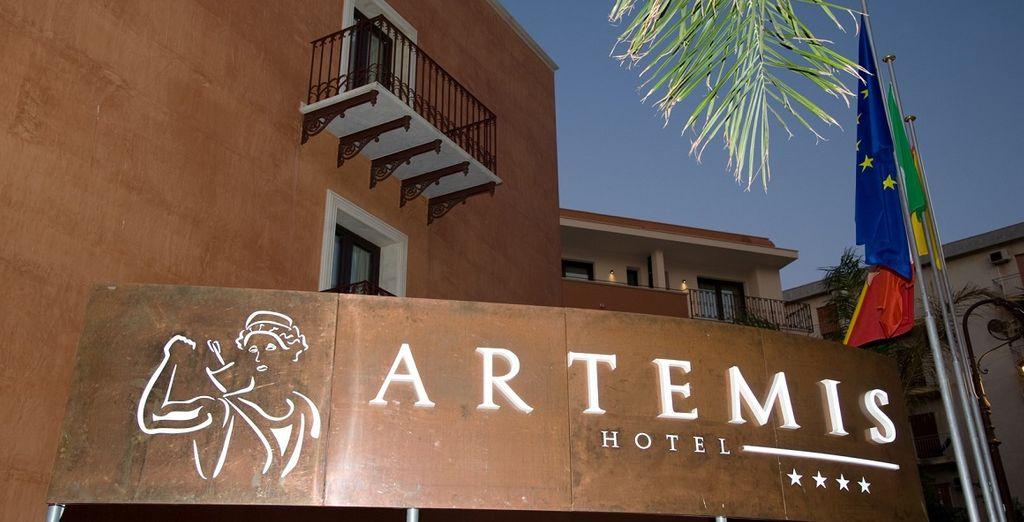 L'artemis Hotel 4* è lieto di ospitarvi