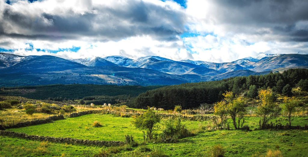 Esplorate Sierra de Gredos situata tra le provincie di Ávila, Cáceres, Madrid e Toledo
