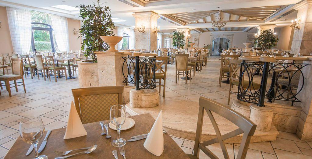 Les Jardins Restaurant, il ristorante principale dell'hotel, vi aspetta per una ricca e sana colazione