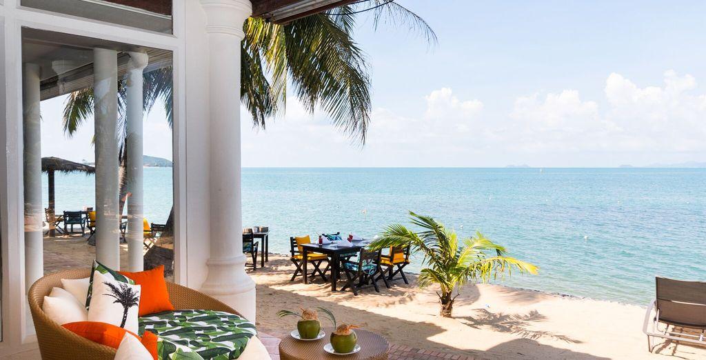 e lo splendido Beach Bar, l'ideale per rinfrescarsi con cocktail godendo di viste sull'oceano