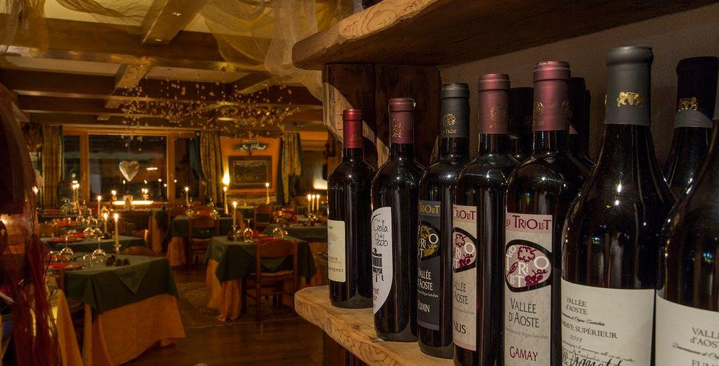 accompagnati da vini del territorio accuratamente selezionati