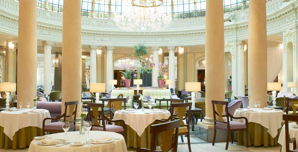 Godetevi un'eccellente ed elegante cena al ristorante La Rotonda