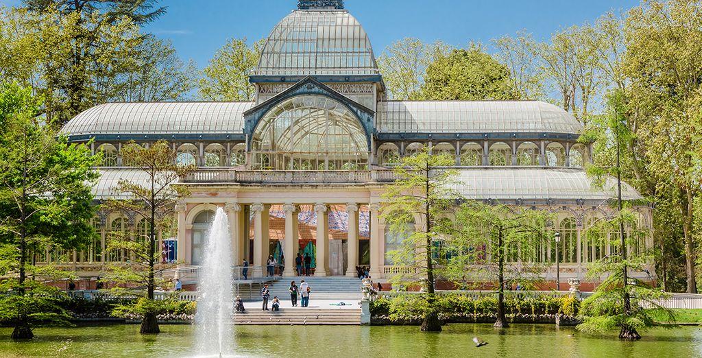 Visitate tutte le attrazioni più belle della capitale spagnola, come il celebre Parque del Retiro