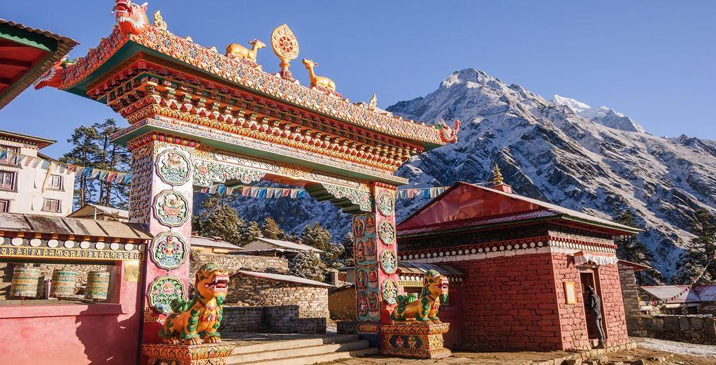 Tra monasteri, tempi e meraviglie paesaggistiche