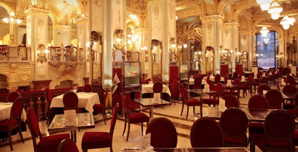 Il ristorante vi proporrà piatti unici studiati e perfezionati dall'Executive Chef Andras Wolf