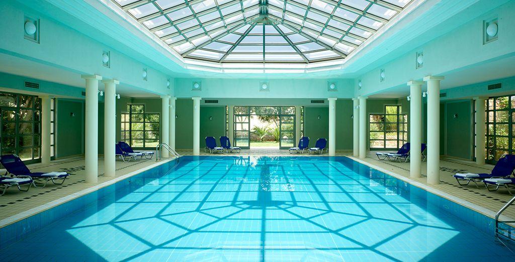 L'hotel dispone anche di piscina coperta