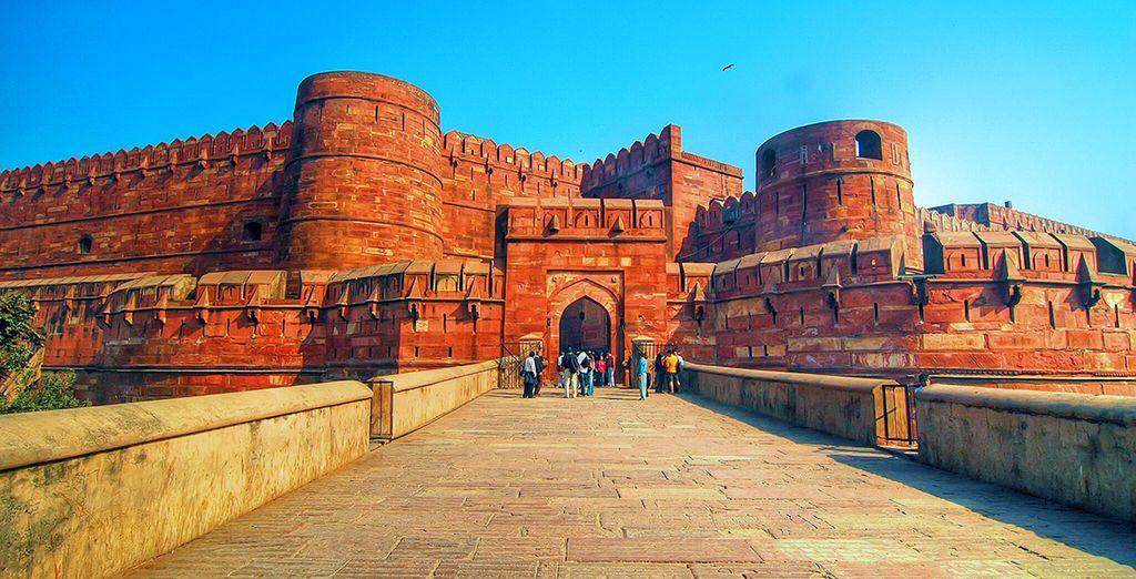 Vi attende anche Agra, l'antica capitale dell'Impero Mughal