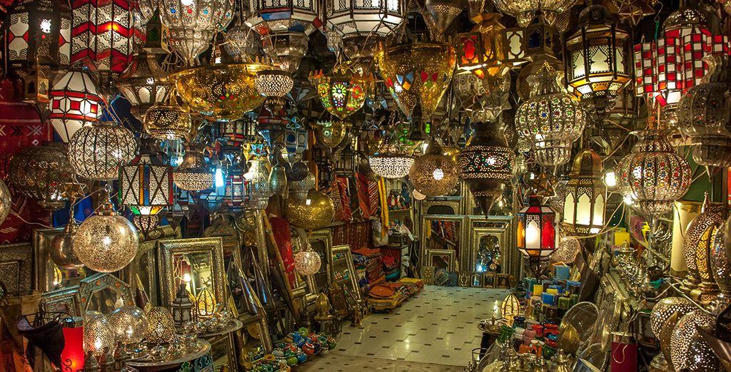 Visitate i famosi Souks, nel centro storico della città